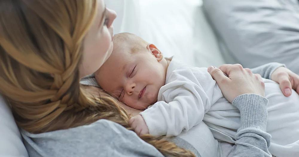 10 món quà ý nghĩa cho mẹ bỉm sữa